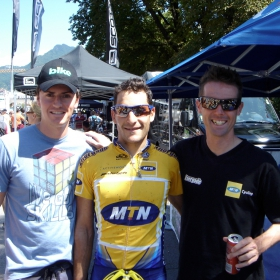 Braam helping Kevin Evans and David George to the finish of the Trans Alps